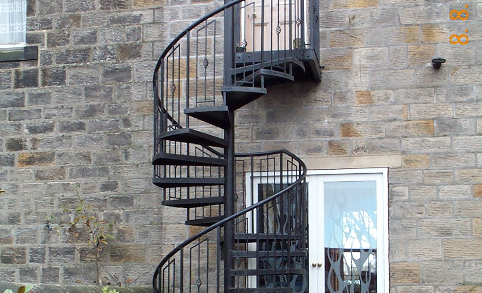 exterior home staircase